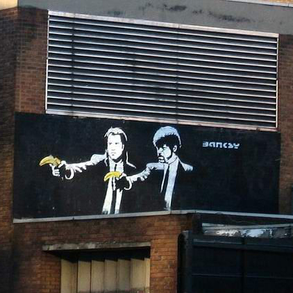 <p>倫敦老街的Pulp&nbsp;Fiction塗鴉</p>