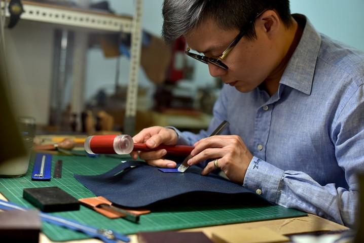【跳。潮】走入國際的自學職人。手工皮件師 林翊翔