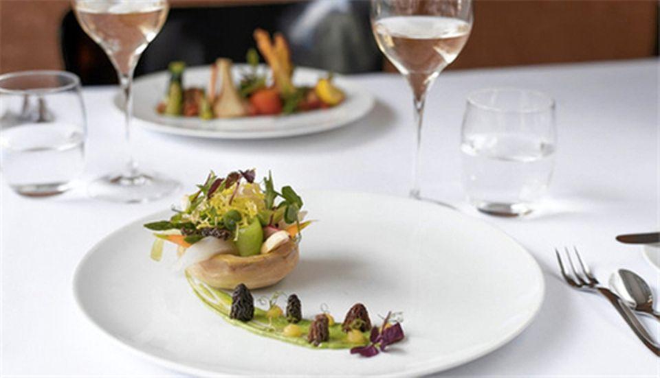 <p>新派法國料理</p>  <p>&nbsp;</p>
