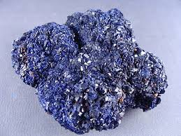 <p>藍銅礦:研磨後成為顏料</p>